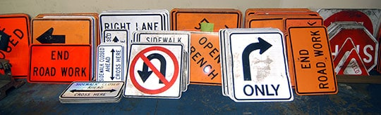 traffic-control-signs-equipment-rental